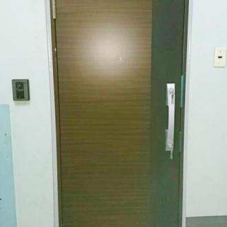 東京都港区 玄関リフォーム マンション スチールドア
